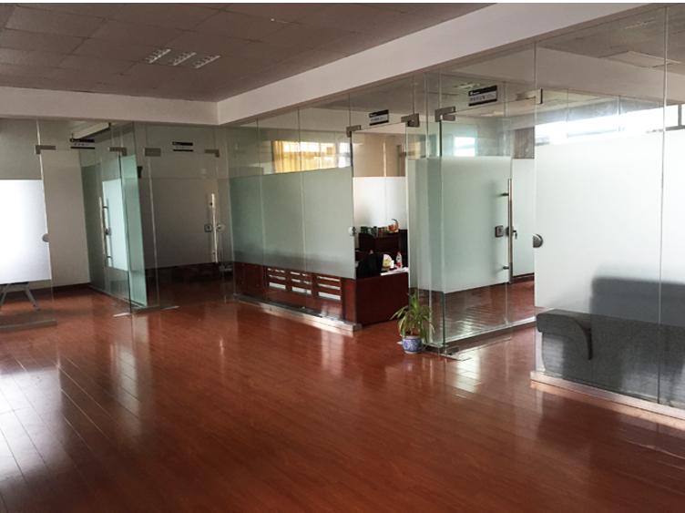 银燕办公室图