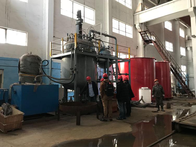 公司风采-阿尔及利亚客户参观工厂