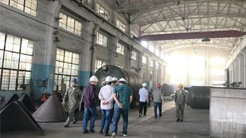 军工企业领导参观银燕工厂并探讨银燕50L双行星搅拌机